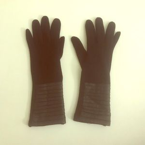 Black Gloves with Leather Detail and Touch Tips